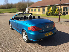 Peugeot 307cc 2.0HDi 136bhp metallic blue 6spd manual image 4