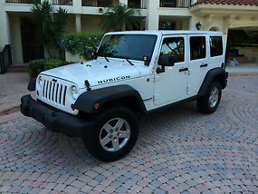2012 Jeep Wrangler Unlimited Rubicon Sport Utility 4-Door 3.6L image 3