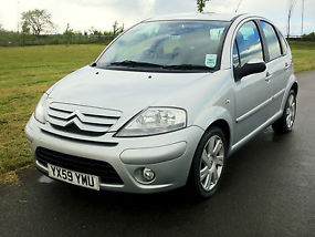Citroen C3 Automatic genuine 32000 miles from new,high spec model, 59Reg.
