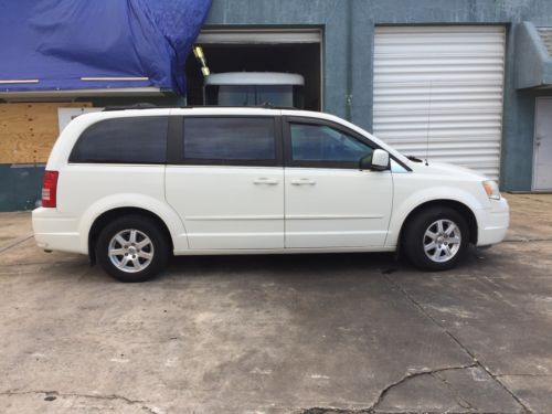 2008  Town & Country Touring