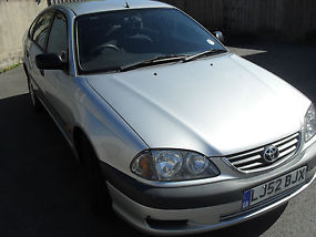 TOYOTA AVENSIS VERMONT WITH NEW MOT image 1