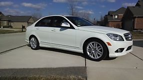 2008 Mercedes-Benz C300 Sport Sedan 4-Door 3.0L Very Low Miles