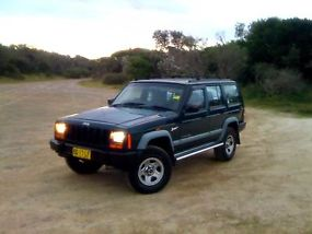 Jeep Cherokee Sport (1998) 4 SP Automatic Dual Fuel  image 2