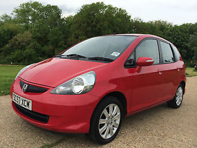 2008 HONDA JAZZ 1.4 i DSi SE 5 DOOR RED COLOUR