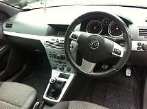 2006 VAUXHALL ASTRA SXI SILVER image 3