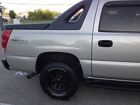 Z71Crew cab 4X4 1500 series Silver Birch color newly painted! new tires and rims image 4