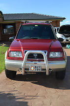 Suzuki Vitara, 1998 Model, V6 4x4, 5 speed Manual image 2