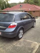 2006 Holden Astra - MUST SELL image 2