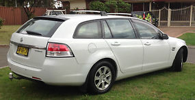 2008 VE COMMODORE WAGON - OMEGA - LOW KMS image 1