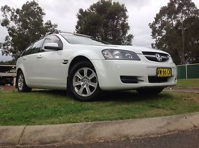2008 VE COMMODORE WAGON - OMEGA - LOW KMS image 5