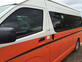 Toyota Hiace Commuter (2008) Bus 4 SP Automatic (3L - Diesel Turbo F/INJ) 14...