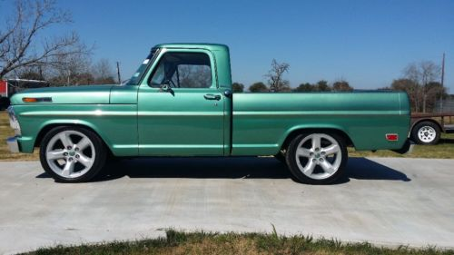 1969 Ford F-100 Custom image 1