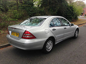 MERCEDES C180 2002 CLASSIC AUTO ONLY 49000 MILES TAXED&TESTED READY TO GO image 5