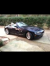 2005 BMW Z4 2.5i Convertible 2-Door 2.5L