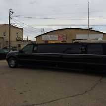 2004 Ford Excursion Limo, Limousine 140