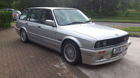 bmw E30 touring 316i rare non sunroof version image 1