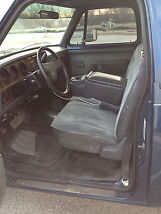 1991 Dodge D350 Base Standard Cab Pickup 2-Door 5.9L image 4