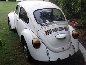1975 VW Volkswagen Beetle L Bug, 1600 Twin Port Engine, IRS Gearbox Minimal Rust image 3