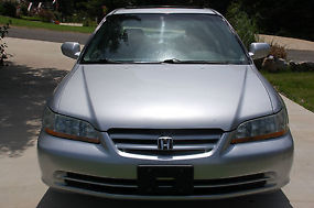 2002 Honda Accord EX Sedan 4-Door V-6 3.0L; GREAT CONDITION! image 1
