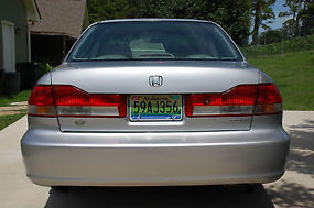 2002 Honda Accord EX Sedan 4-Door V-6 3.0L; GREAT CONDITION! image 4
