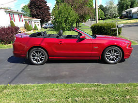 2013 Ford Mustang GT Premium Convertible 5.0L 6700 Miles *LIKE NEW*NO RESERVE! image 4