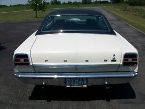 Ford : Fairlane 2 door coupe image 2