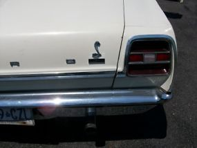 Ford : Fairlane 2 door coupe image 5