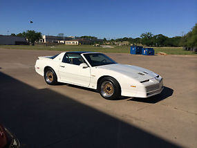 1989 Pontiac Firebird Turbo Trans Am GTA SE Coupe 2-Door 3.8L