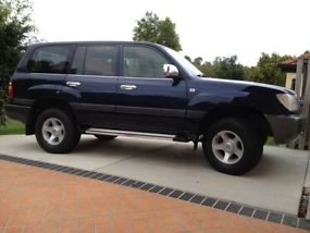 2002 Toyota Landcruiser 100 series (negotiable)