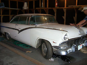 1956 Ford Fairlane, 312 Police interceptor, V8, with dual exhaust