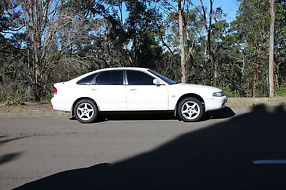 Mazda 626 (1993) 5D Hatchback 4 SP Automatic (2L - Multi Point F/INJ) image 1