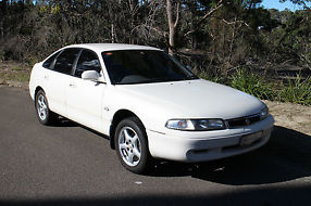 Mazda 626 (1993) 5D Hatchback 4 SP Automatic (2L - Multi Point F/INJ) image 2