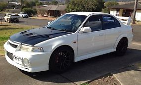 Mitsubishi Lancer Ralliart Evolution VI 1999 4D Sedan 5 SP Manual (2L -... image 1