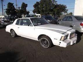 white 1978 1979 chevrolet monte carlo lowrider hydraulics same as training day. Black Bedroom Furniture Sets. Home Design Ideas