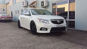 2014 Holden Cruze SRI V Hatchback Low Kms As New Long rego. MUST SELL! BY XMAS image 5