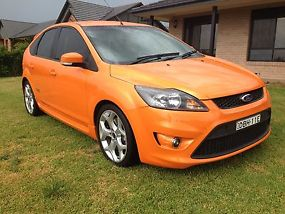 2010 FORD FOCUS LV XR5 TURBO HATCH image 1