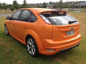 2010 FORD FOCUS LV XR5 TURBO HATCH image 3