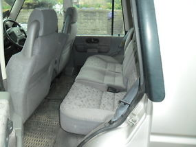 land rover discovery image 6