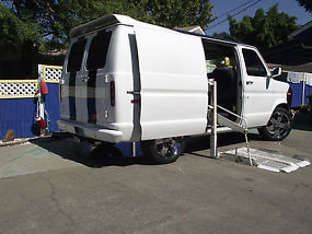 Handicap Accessible Van image 2
