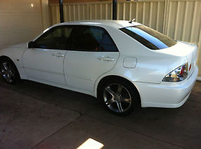 Lexus IS200 Sports Luxury (1999) 4D Sedan 4 SP Automatic (2L - Multi Point...