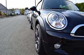 STUNNING ONE OWNER BLACK 2010 MINI COOPER S CONVERTIBLE image 7