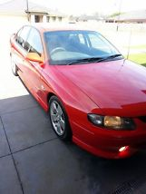 Holden Commodore SS (2001) 4D Sedan 6 Spd Manual (5.7L - Multi Point F/INJ)... image 1