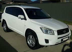 Toyota Rav4 CV (4x2) (2010) 4D Wagon Manual (2.4L - Multi Point F/INJ) 5 Seats