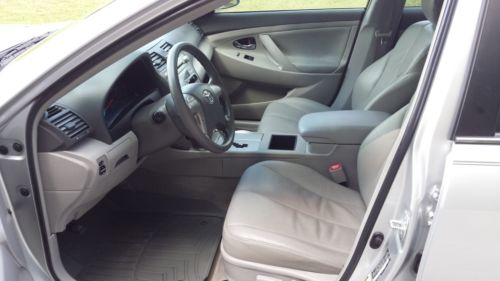 2009 Toyota Camry LE image 5