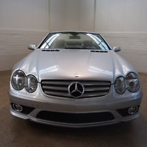 2008 Mercedes-Benz SL550 Base Convertible 2-Door 5.5L image 2