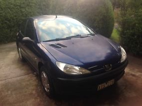 Peugeot 206 XRS (2001) 5D Hatchback 5 SP Manual (1.6L - Multi Point F/INJ) 5... image 7