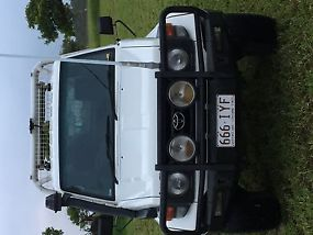 Toyota Landcruiser (4x4) (2005) Ute 5 SP Manual 4x4 (4.2L - Turbo Diesel) image 4