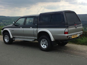 MITSUBISHI L200 IN VERY GOOD CONDITION image 1