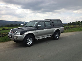 MITSUBISHI L200 IN VERY GOOD CONDITION image 2
