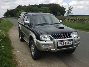 MITSUBISHI L200 IN VERY GOOD CONDITION image 4